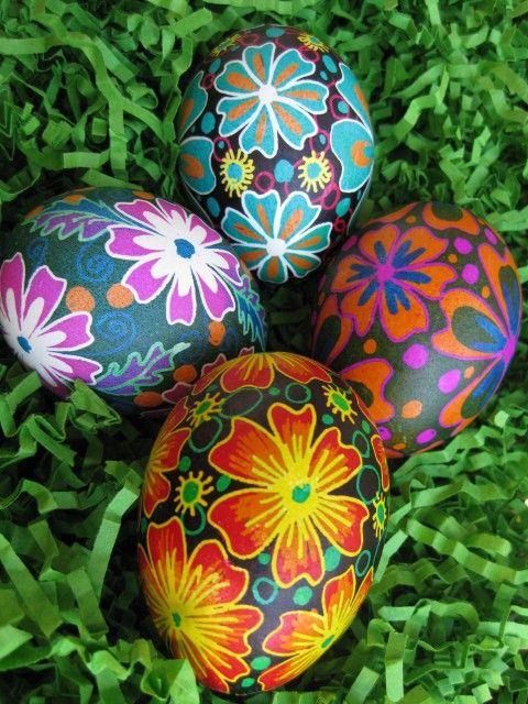 032716 pysanka eggs