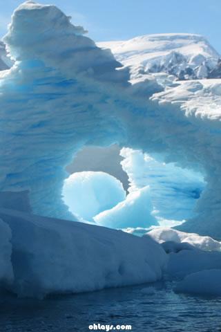 042918 ice floe