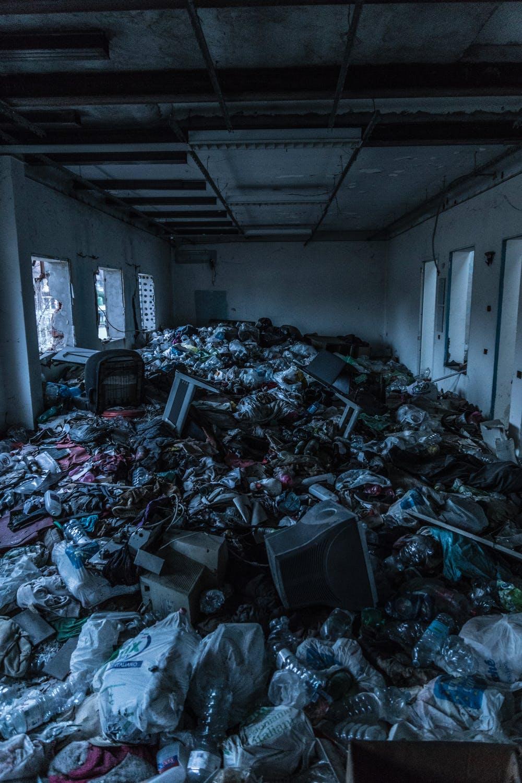092919 piles of trash